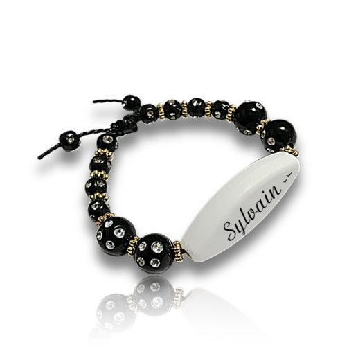 Bracelet perle noir personnalisable ecrit